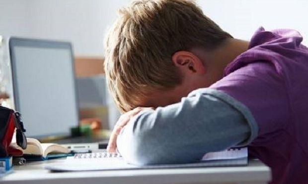 Αυξήθηκε η εξάρτηση από το διαδίκτυο-Μειώθηκε όμως 4% το bullying