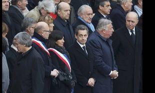 H Γαλλία τιμά τα θύματα των τρομοκρατικών επιθέσεων