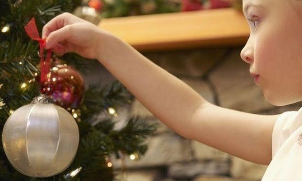 Ιδέες για να απασχολήσετε τα παιδιά σας στο σπίτι στις διακοπές των Χριστουγέννων