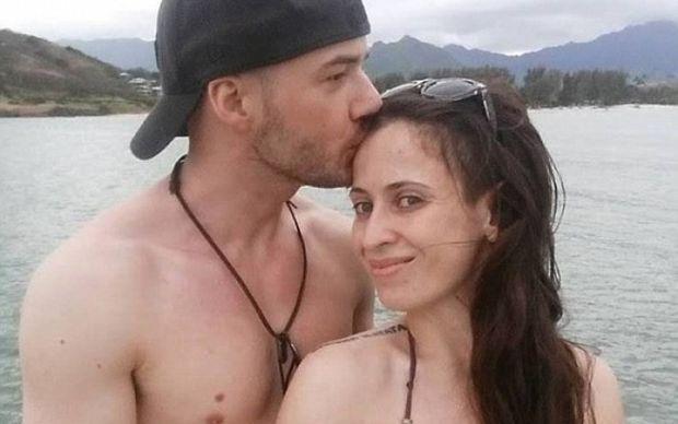 Δείτε τι έκανε αυτός ο άντρας για τη σύζυγό του που πάσχει από κατάθλιψη… (pic)