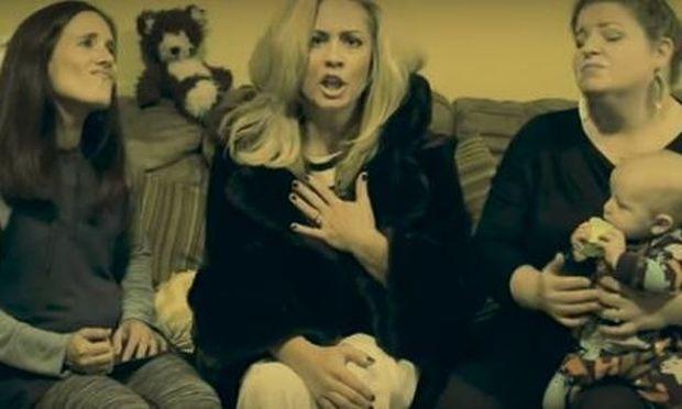 Βίντεο-παρωδία: Το τραγούδι της Adele «Hello» γίνεται ύμνος προς τις εξαντλημένες μαμάδες!