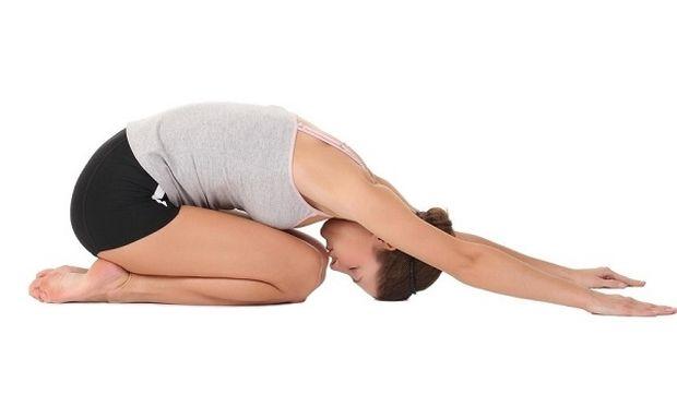 Yoga για ήρεμες και χωρίς στρες χριστουγεννιάτικες διακοπές!
