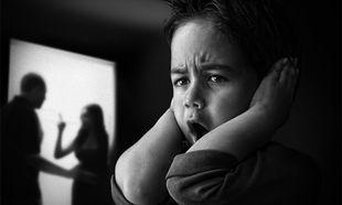 Γιατί η ενδοοικογενειακή βία «κληροδοτείται» στα παιδιά