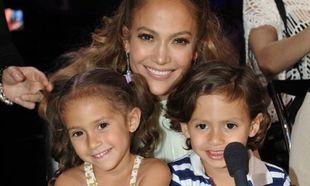 Τζένιφερ Λόπεζ: Δείτε τη να χορεύει μαζί με τα παιδιά της που έχουν μεγαλώσει πολύ (εικόνα)