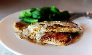 Φιλετάκια κοτόπουλου με μουστάρδα και μπράντι! (εικόνες βήμα-βήμα)