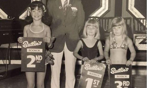 Είχε λάβει τη δεύτερη θέση σε παιδικά καλλιστεία. Τώρα είναι μία από τις διασημότερες ηθοποιούς
