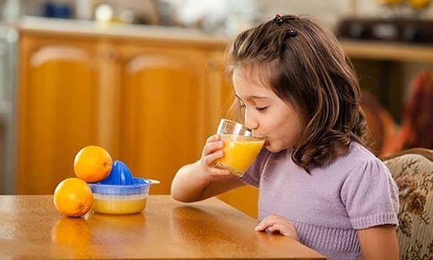 Κρυολόγημα και παιδί: Αντιμετωπίστε τo με ψάρια και πορτοκάλια