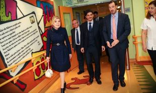 Προσφορά φαρμάκων αξίας 100.000 ευρώ στο Σύλλογο «Ελπίδα» από τους Παύλο και Δημήτρη Γιαννακόπουλο