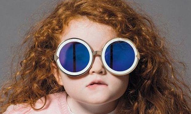 Γιατί τα παιδιά πρέπει να φορούν προστατευτικά γυαλιά για τον ήλιο ακόμα και τον χειμώνα!