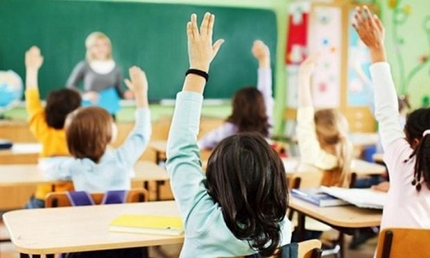 Κάτω από τη βάση η ελληνική εκπαίδευση-Χαμηλές και οι επιδόσεις μαθητών