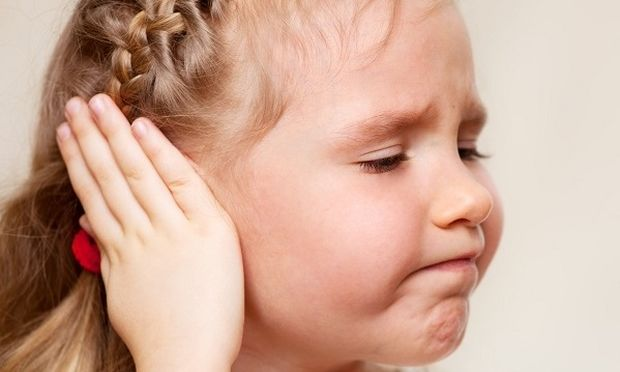 Πώς να προφυλαχθείτε εσείς και τα παιδιά σας από το βαρότραυμα (αερωτίτιδα)
