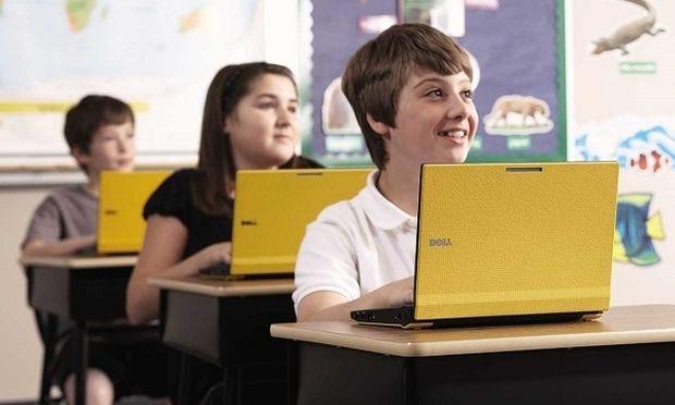 Πώς μπορείτε να ελέγξετε τον λογαριασμό Facebook του παιδιού σας