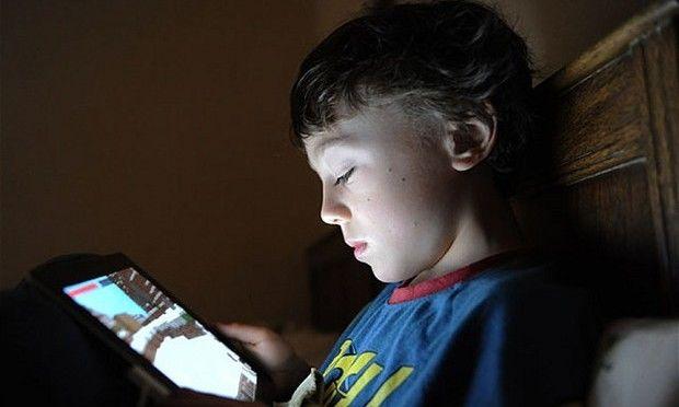 Παγκόσμια Ημέρα Ασφαλούς Πλοήγησης στο Internet: Εθισμός στο Διαδίκτυο και παιδιά!