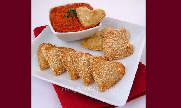 Γεμιστές καρδιές με μοτσαρέλα και πέστο κόκκινης πιπεριάς (βήμα-βήμα)