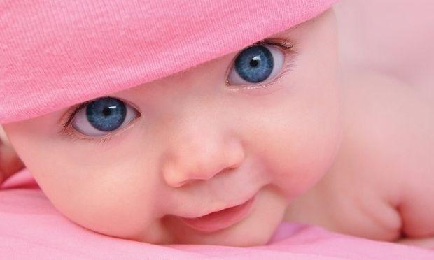 Γιατί αλλάζει στα μωρά το μπλε χρώμα των ματιών τους;
