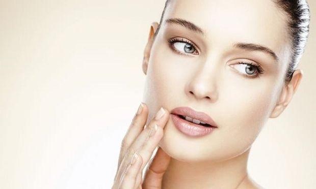 Ανακαλύφθηκε ένζυμο που μπορεί να «φρενάρει» τη γήρανση του δέρματος