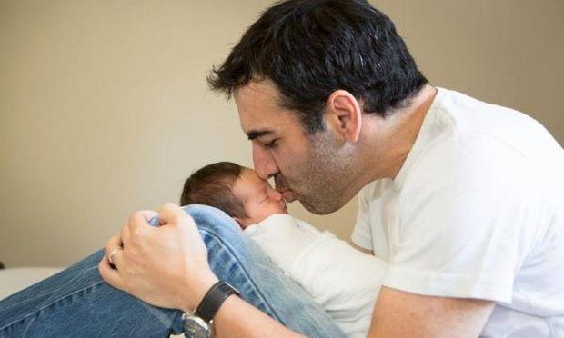Κώστας Γρίμπιλας: Ο Θεός του πήρε ένα παιδί και του χάρισε δύο! Δείτε τη φωτογραφία των νεογέννητων