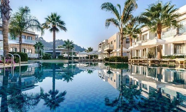 Έτος βραβείων και διακρίσεων το 2015, για το The Lesante Luxury Hotel and Spa