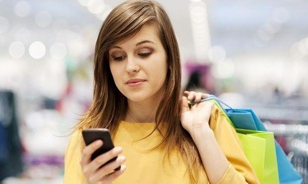 Οι γυναίκες θεωρούν πολύτιμες τις φωτογραφίες στα smartphone τους–Δεν γνωρίζουν τίποτα όμως για την ασφάλεια της συσκευής