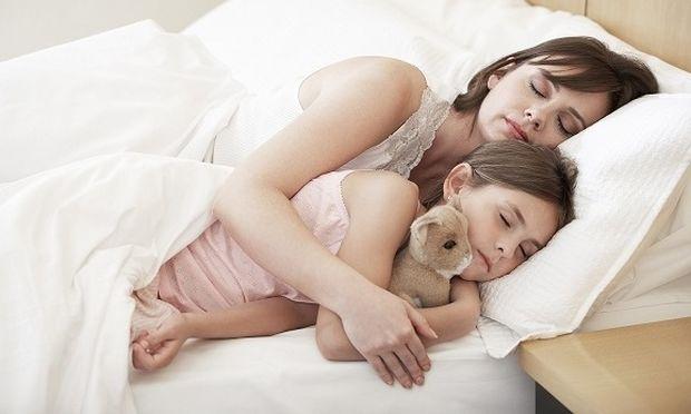 Παγκόσμια Ημέρα Ύπνου-Πόσες ώρες πρέπει να κοιμούνται τα παιδιά;