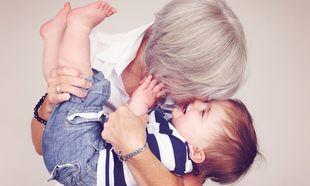 Αυτό είναι που κάνει τη γιαγιά και τον παππού μοναδικούς!