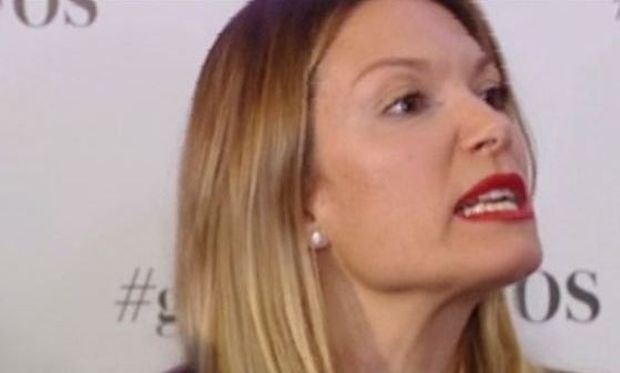 Βίκυ Καγιά: Απαντά σε όλους εκείνους που την έκριναν για τα γαλλικά παραμύθια της κόρης της! (βίντεο)