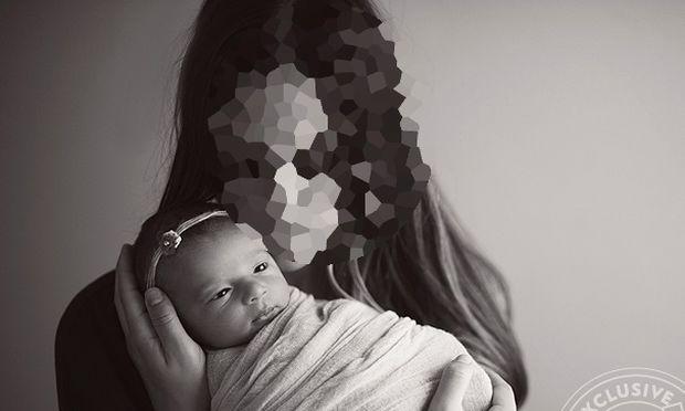 Διάσημη τραγουδίστρια μας συστήνει την κόρη της μέσα από μία μοναδική φωτογράφηση