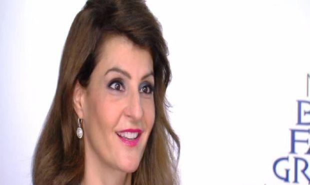 Η Νία Βαρντάλος μιλά πρώτη φορά για την υιοθετημένη κόρη της με δάκρυα στα μάτια! (βίντεο)
