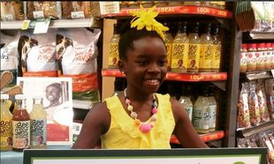 Μία συνταγή για λεμονάδα της προγιαγιάς της έκανε μία 11χρονη εκατομμυριούχο!