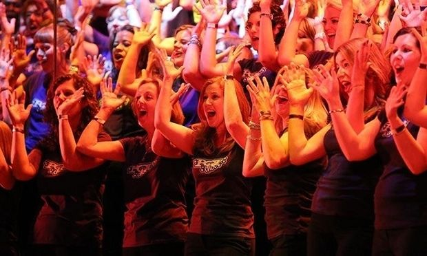 Τραγουδήστε σε χορωδία: Μειώνει το στρες και βελτιώνει την ψυχική σας διάθεση
