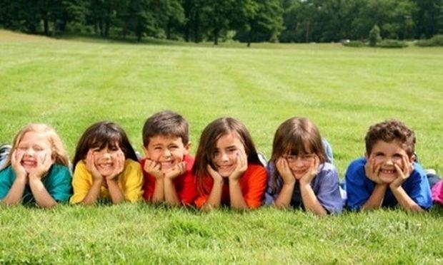Δωρεάν κατασκήνωση για 60.000 παιδιά μέσω ΟΑΕΔ- Εως τις 4 Μαίου οι εγγραφές