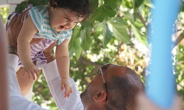 """«Το """"Νονέ μου"""" είναι… λιώσιμο!», γράφει ο Νίκος Συρίγος"""
