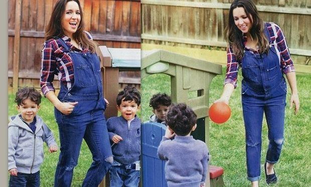 Καλομοίρα: Στον έκτο μήνα εγκυμοσύνης ποζάρει με τους γιους της