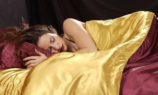 Τι χρώμα έχουν τα σεντόνια που κοιμάστε; Μάθετε τι χρώμα προτιμούν οι ... κοριοί