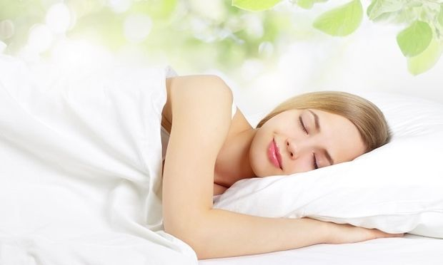 Γιατί οι γυναίκες κοιμούνται περισσότερο από τους άνδρες;