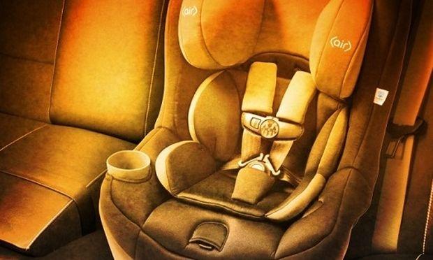 Αδιανόητο: Μητέρα ξέχασε το παιδί της στο αυτοκίνητο με τραγικό αποτέλεσμα