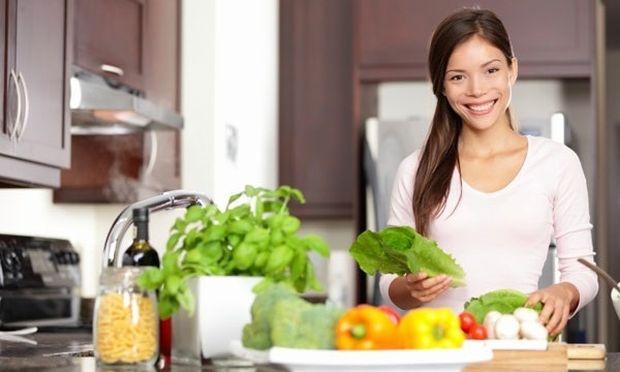 Τι υπάρχει στην κουζίνα μας; Όλα όσα πρέπει να γνωρίζουμε για την υγιεινή διατροφή σε μία ιστοσελίδα