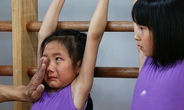 Κίνα: 6χρονα παιδάκια ξεπερνούν τα όρια τους για να γίνουν Ολυμπιονίκες
