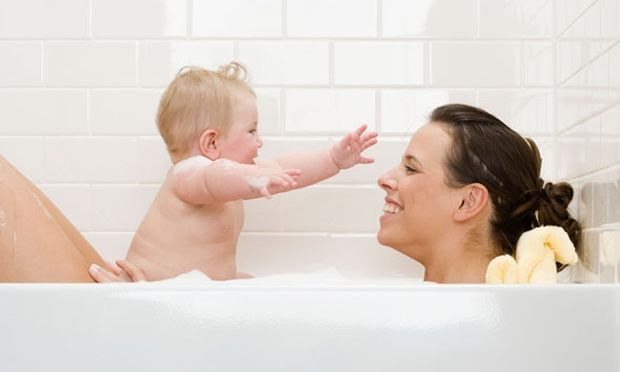 Πότε πρέπει να σταματούν οι γονείς, να ονομάζουν τα γεννητικά όργανα των παιδιών «μεμέ», «πιπί», «φωλίτσα»!
