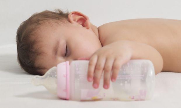 Πόσο γάλα χωράει στο στομαχάκι του νεογέννητου;
