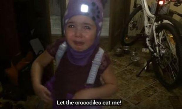 Βίντεο viral: Κοριτσάκι θέλει να πάει στην Αφρική να τη φάνε τα λιοντάρια-Δείτε την αντίδραση του μπαμπά της