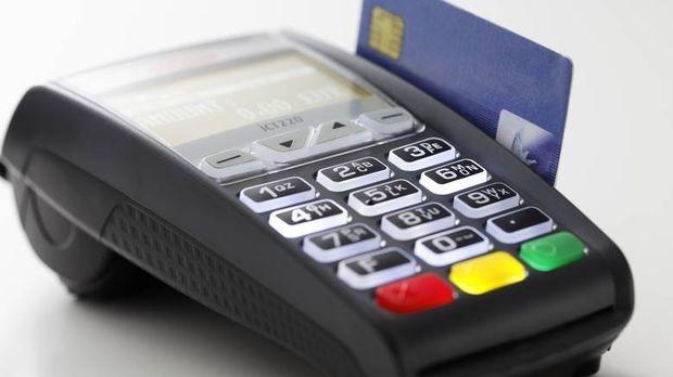 Αυξημένα κίνητρα για την επέκταση των ηλεκτρονικών συναλλαγών