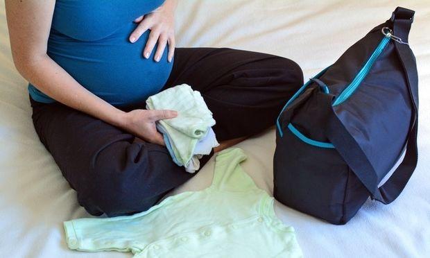 Η βαλίτσα για το μαιευτήριο! - Mothersblog.gr 67ea1406e14
