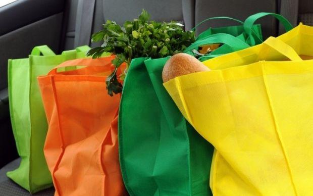 Πώς θα προστατεύσετε τα τρόφιμα από τη ζέστη μέσα στο αυτοκίνητο