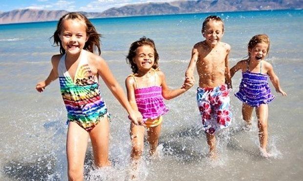 5 +1 φράσεις που οι μαμάδες επαναλαμβάνουν στην παραλία