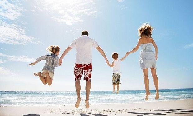 Διακοπές με 300, 400, 500 ή 1.000 ευρώ;