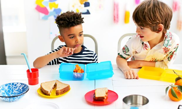 Μήπως δίνετε στο παιδί σας να φάει παραπάνω από όσο πρέπει;