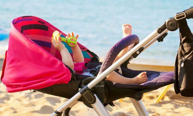 Μωρό και ήλιος: Για ποιο θανάσιμο κίνδυνο προειδοποιούν οι ειδικοί