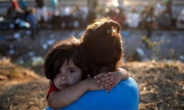 Εκθεση: Τα ασυνόδευτα προσφυγόπουλα θύματα των διακινητών λόγω των ανοργάνωτων κυβερνήσεων