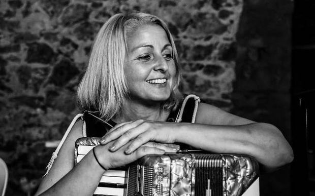 Αποστολή Θράκη: To Newsbomb.gr μιλά με την ηρωική δασκάλα Χαρά Νικοπούλου (vid + pics)